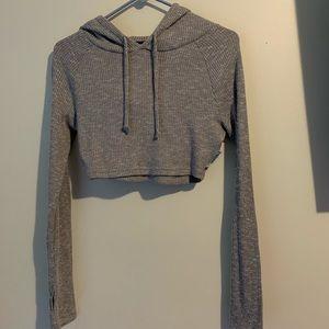Grey cropped long sleeve gymshark top